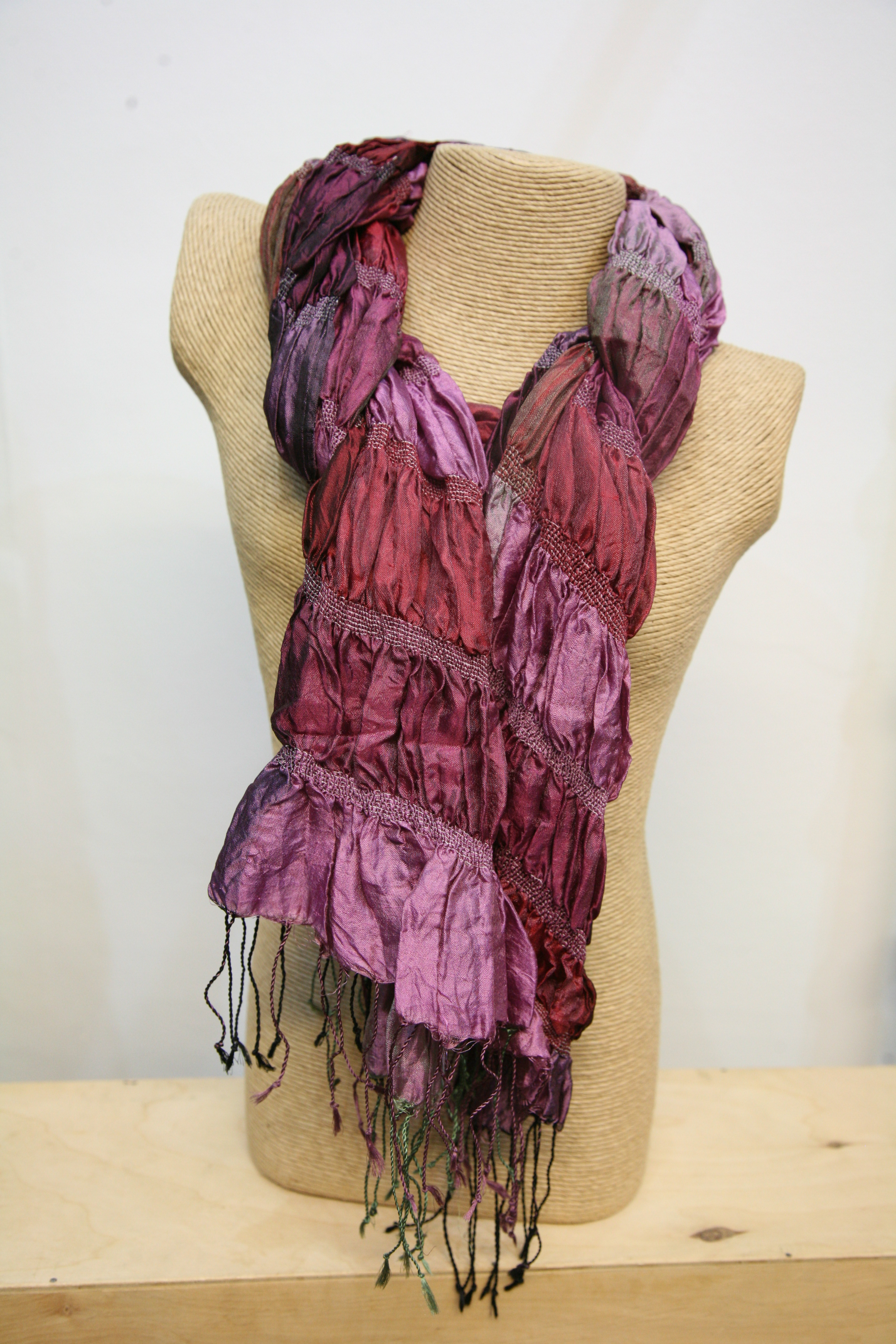 Silkthreads Elastic Scarf – Deep Red