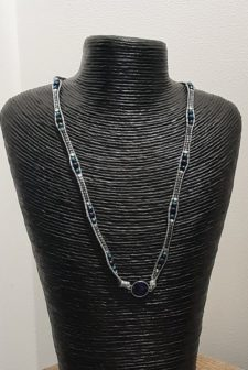 Shimmering bead necklace